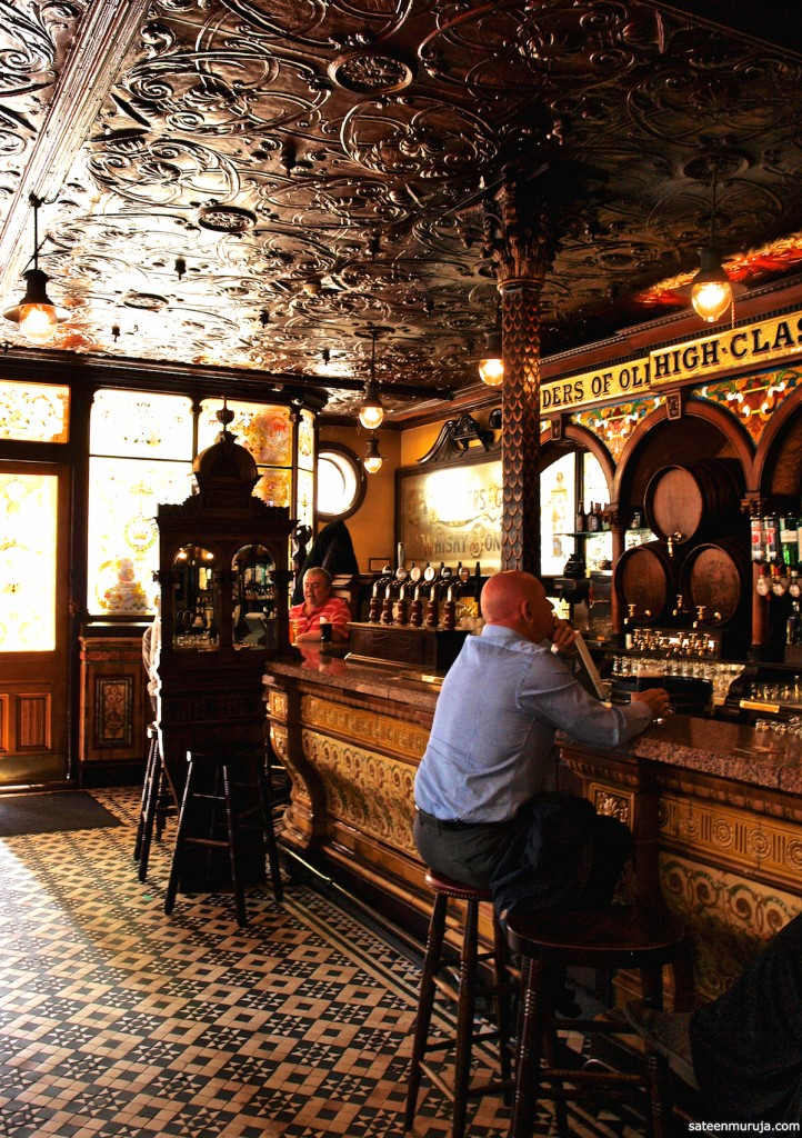 Crown Liquor Saloon, Belfast