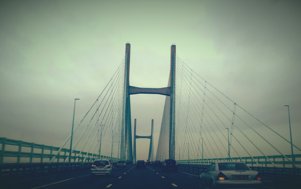 Crossing river Severn. Photo: M. Corrêa as I was busy driving