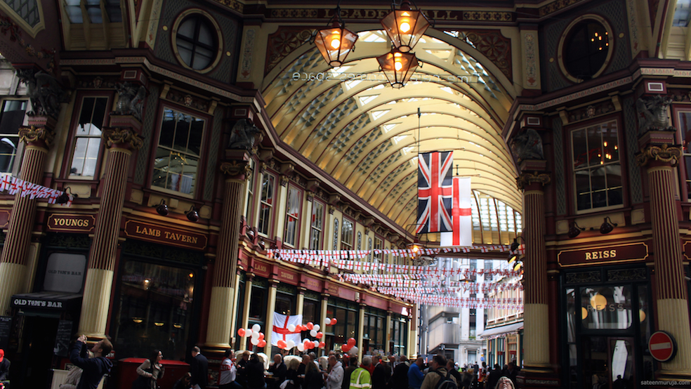 The Leadenhall Market is also in the City - in case a Harry Potter fan happens to read this post during the dark hours of the night.