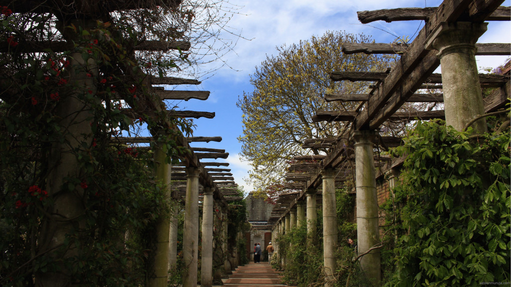 The Pergola is said to be one of London's prettiest secret gems. I agree.
