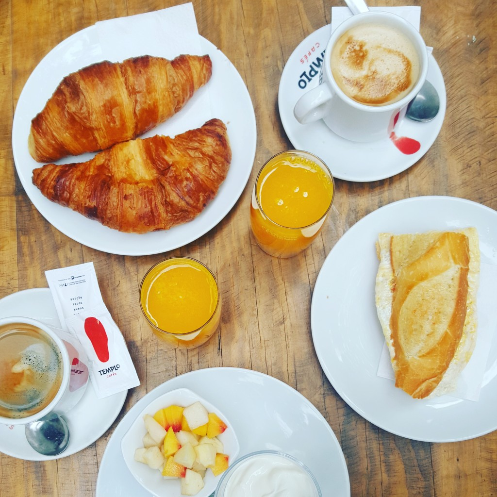 Breakfast at Zafra - ah, those cortados and croissants! In 2017 Retrome's customers will have breakfast setting in Retrome's own permises - and I am sure it will follow the general standards, and be any travellers day's delight!