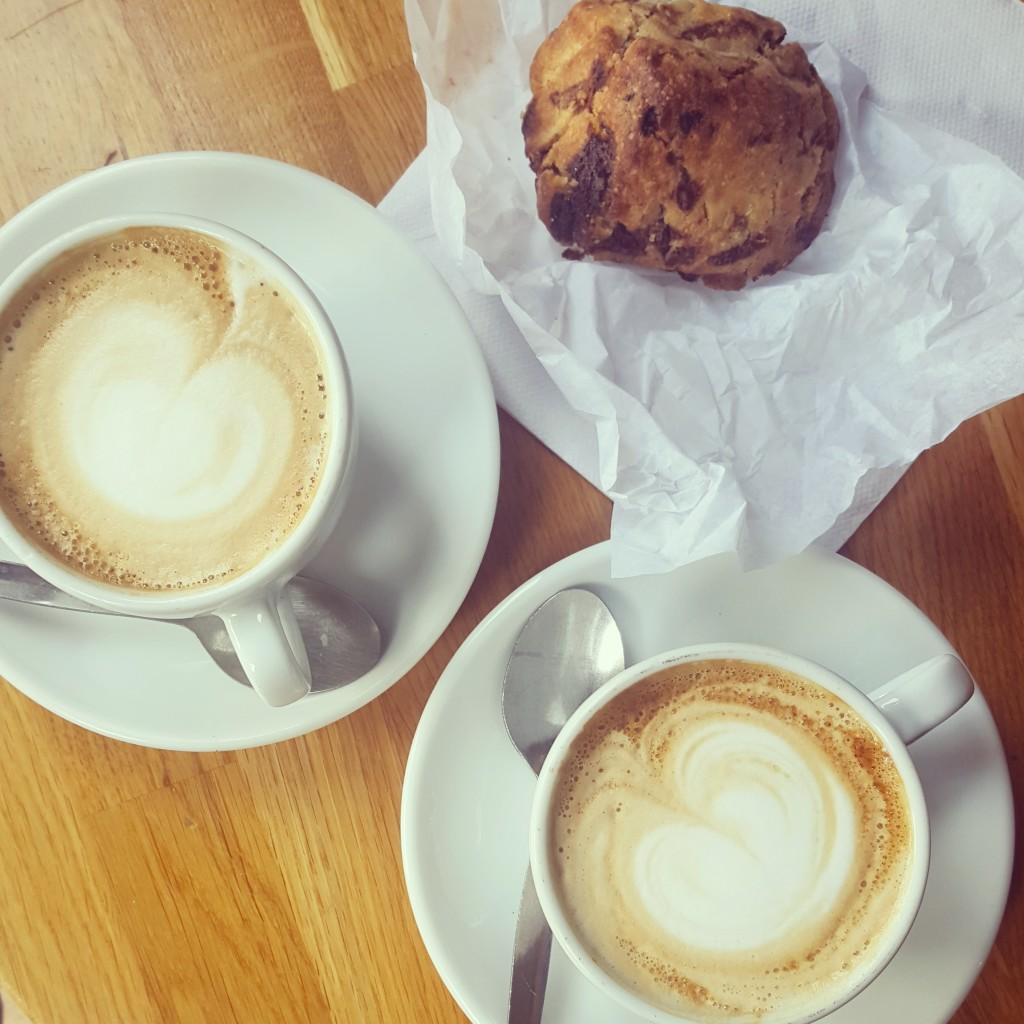 toulouse-fiancee-coffee-insta